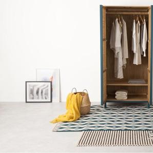 Reema, armoire deux portes, chêne naturel et rotin