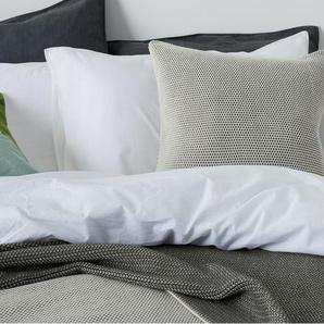 Aspen, couvre-lit tricoté 100% coton 150 x 200 cm, gris et blanc cassé