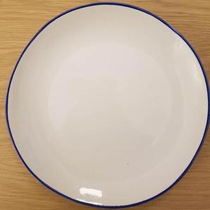 Assiette plate en faïence blanche et liseré bleu (par 4) Baltique