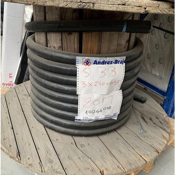 Cable dalimentation alu rigide U-1000 AR2V 3x240+95mm (chute de 20m) avec touret GL NEXANS 10044002