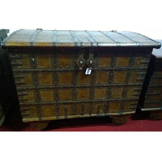 Vieux coffre en bois et fer aux dimensions L108 xPR65xH82 cm - BISCOTTINI